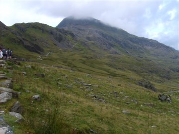 Path climbs towards Crib Goch